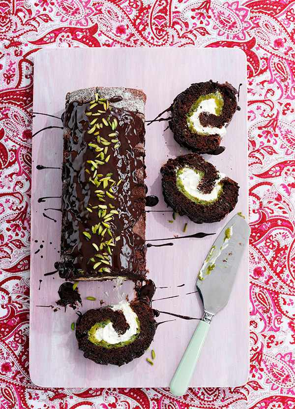 Chocolate Roulade Recipe with Pistachios