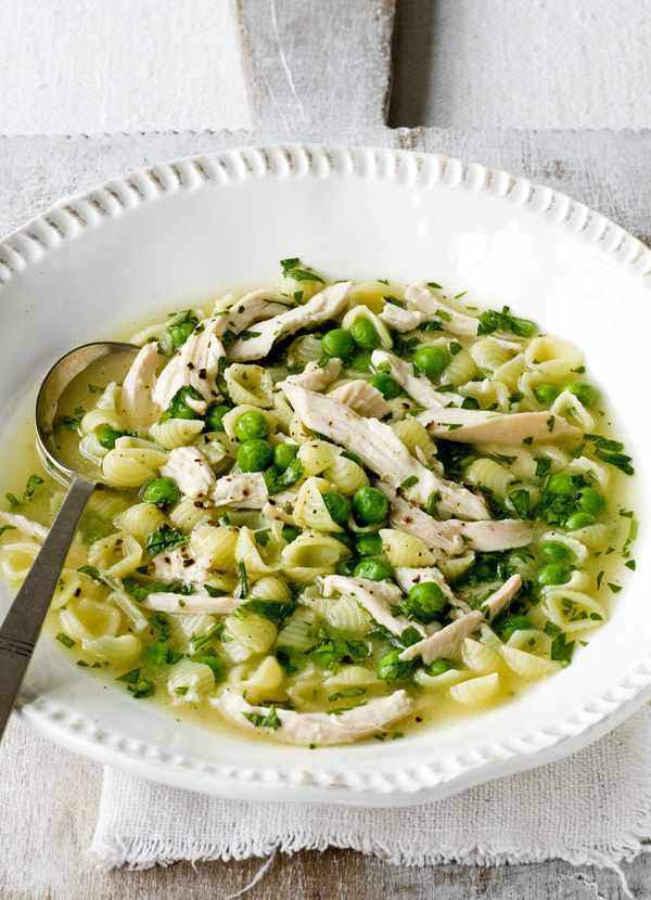 Chicken, pea and pasta broth