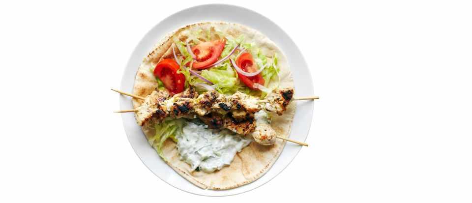 Greek Chicken Flatbreads with Tzatziki Recipe