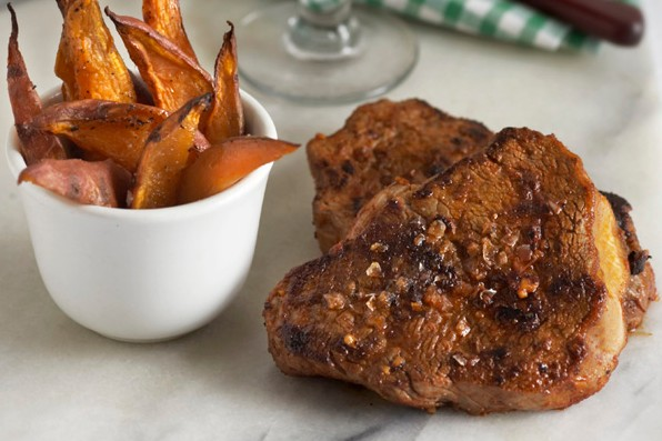 Spiced steak with sweet potato wedges
