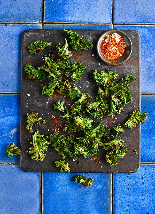 Baked kale crisps with smoky paprika salt