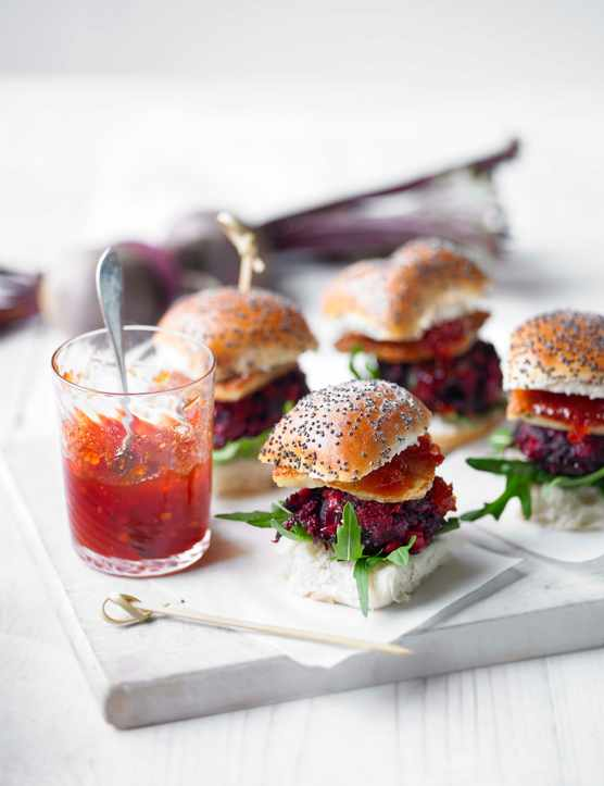 Veggie Burger Sliders | Halloumi Burger with Beetroot