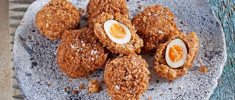 Crab scotch quail's eggs recipe
