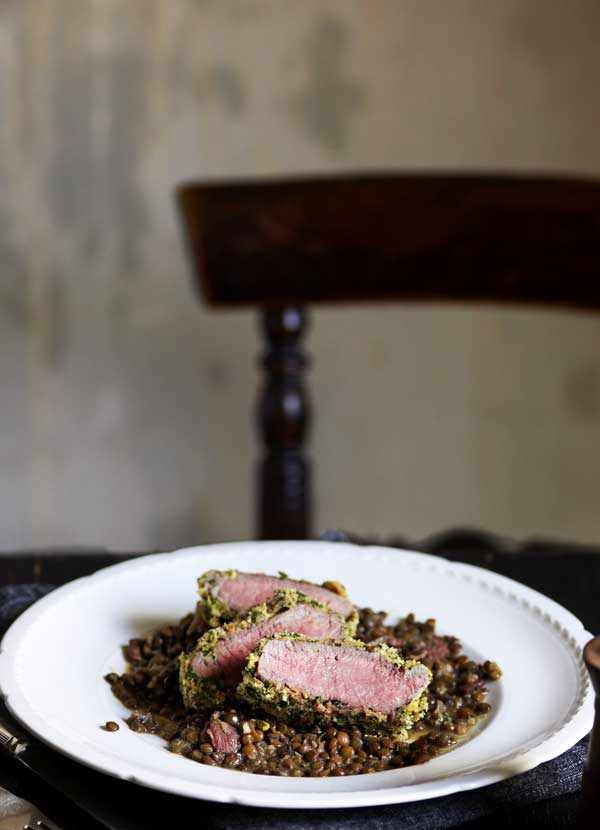 herb-crusted lamb with lentils