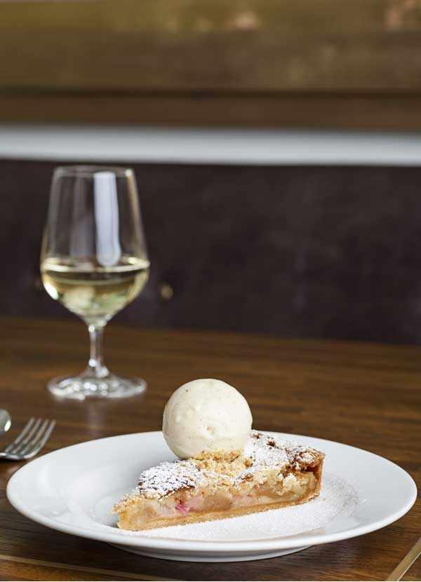 Rhubarb Tart Recipe with Vanilla Ice Cream