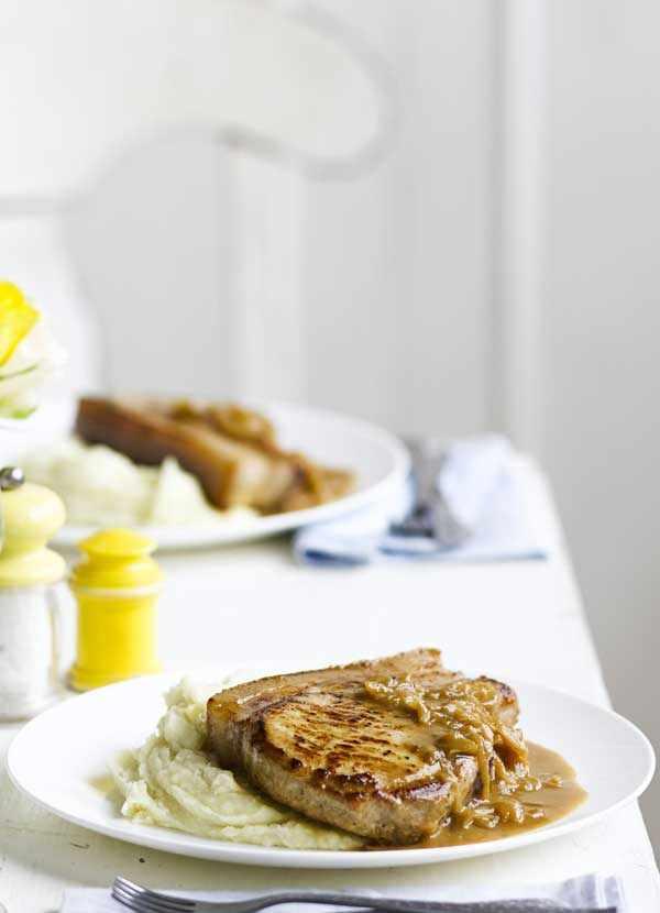 Pork chops with apple mash