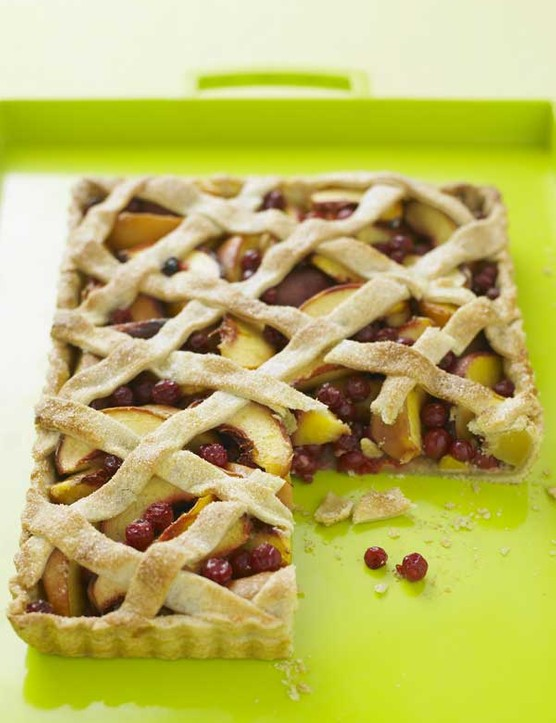 Lattice Tart Recipe with Peach and Redcurrant