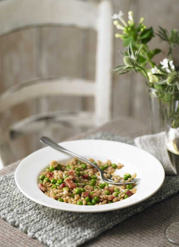 Spelt Risotto Recipe with Pancetta and Peas