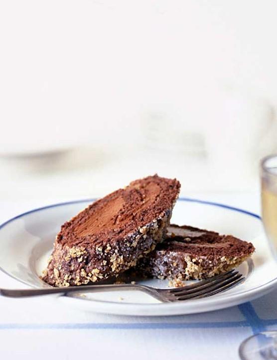 Chocolate Roulade Recipe with Hazelnuts