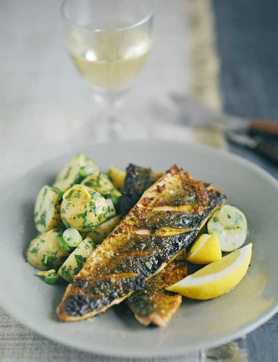 Spiced Mackerel Fillets Recipe with Potato Salad