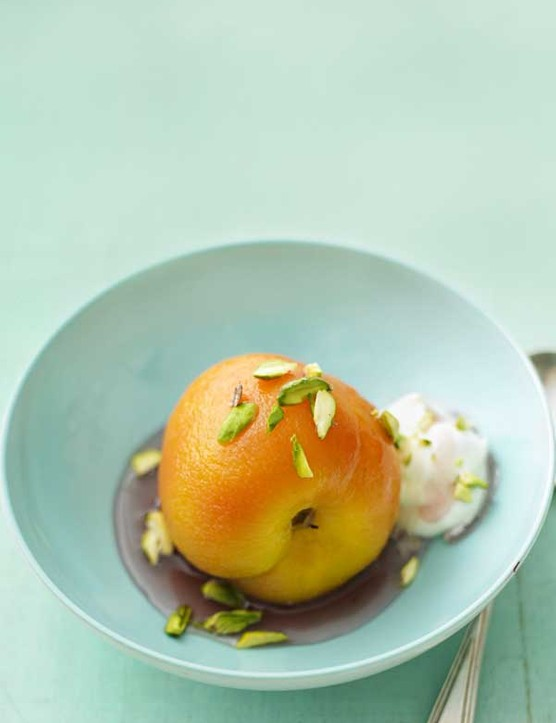 Poached Peaches Recipe in Wine
