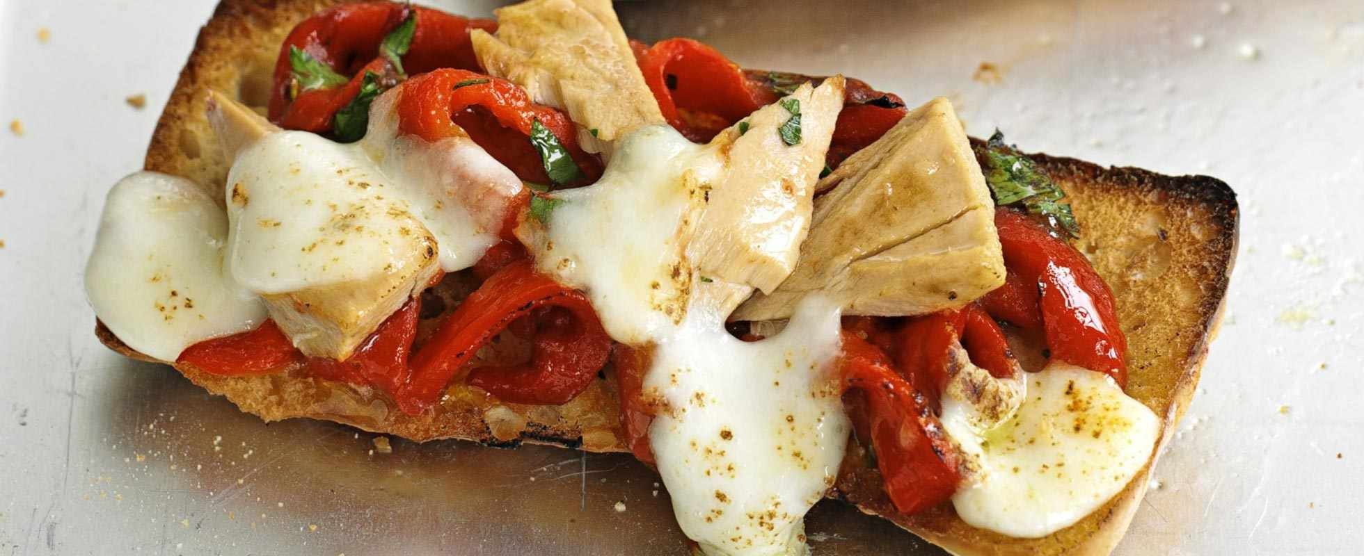 Roasted red pepper and tuna panini pizzas