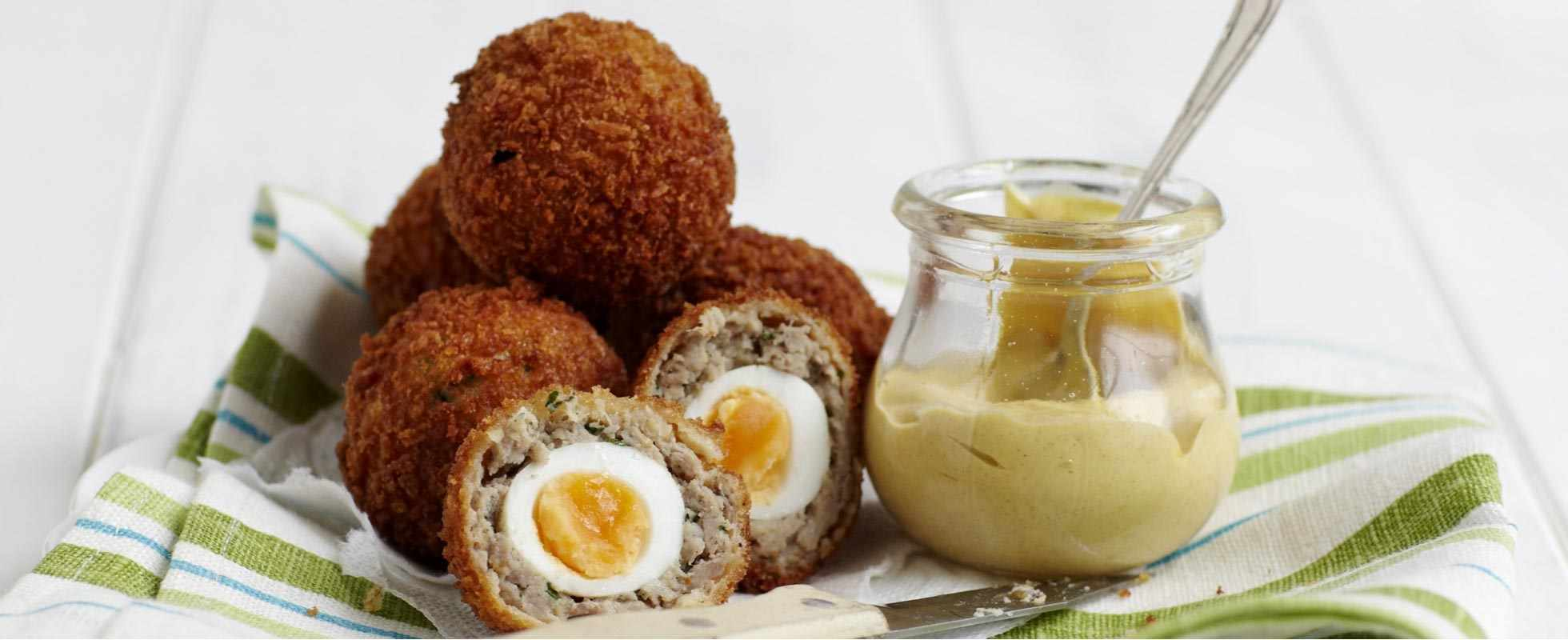 Scotch quail's eggs
