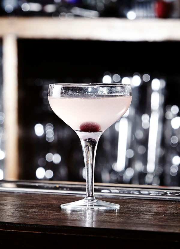 Whitley Neil aviation cocktail