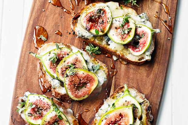 Tartine Recipe With Figs and Gorgonzola
