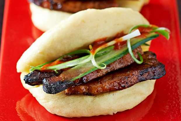 Steamed Pork Buns (Hirata buns)