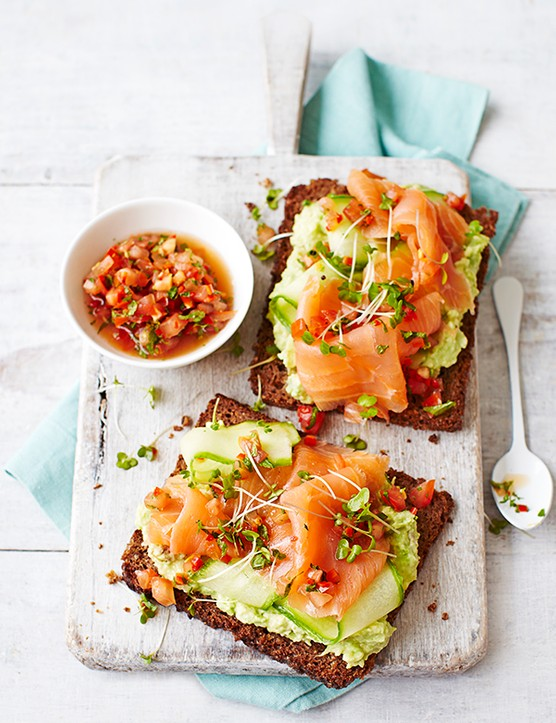 Smoked Salmon Toast Recipe with Avocado