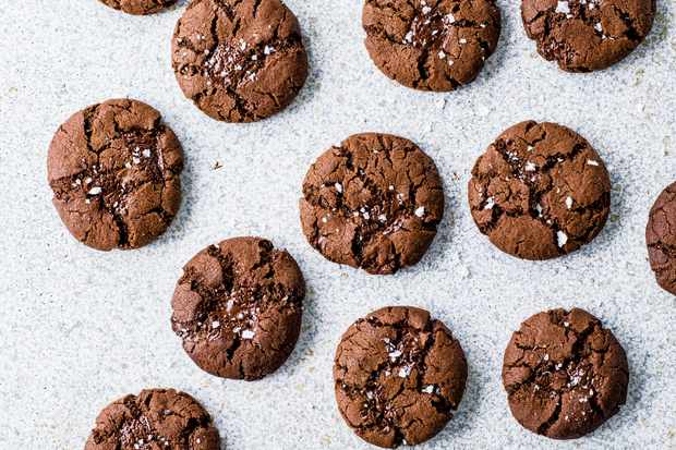 Olive Oil Cookies with Dark Chocolate