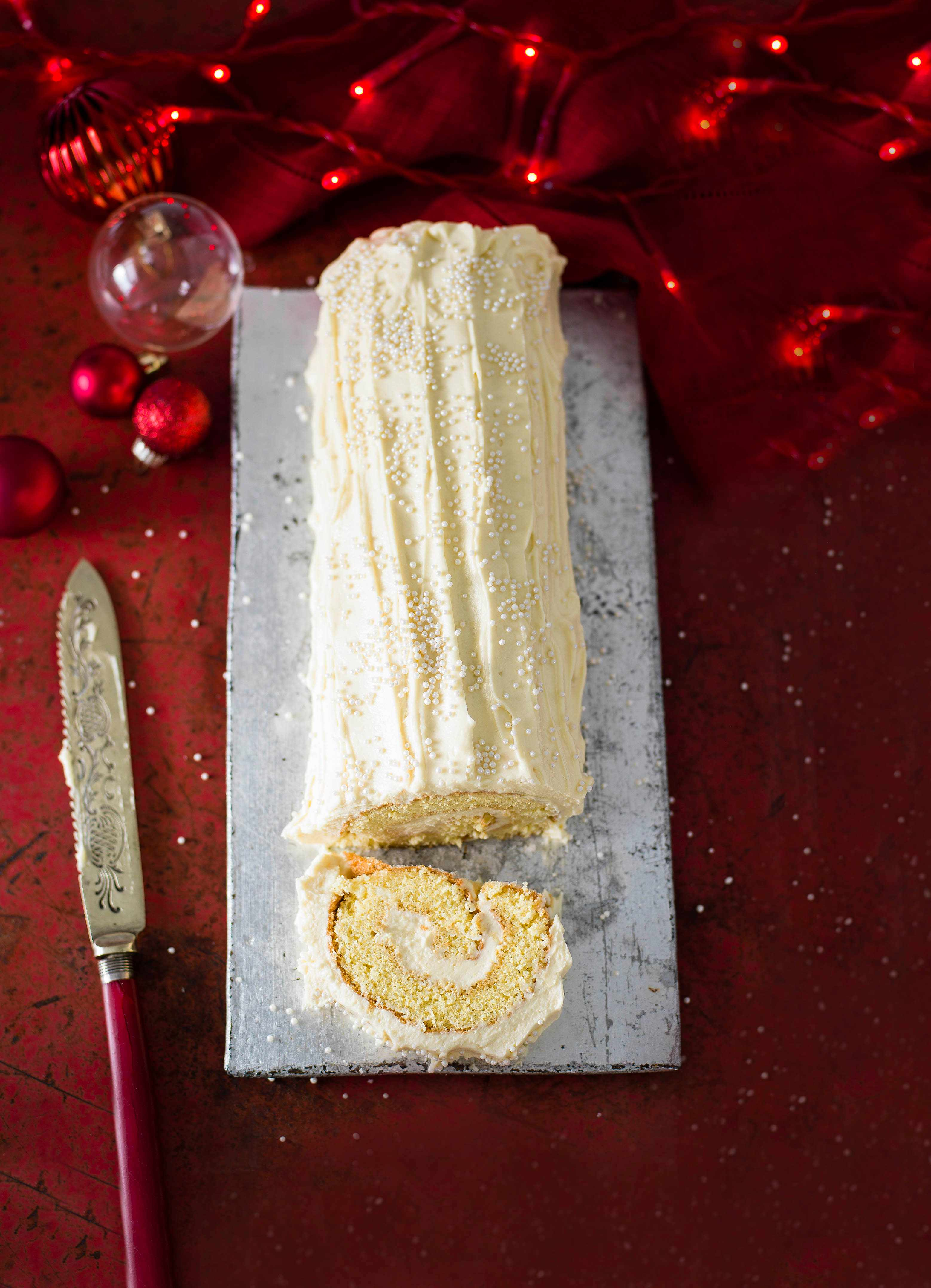 White Chocolate Recipe Roulade with Baileys