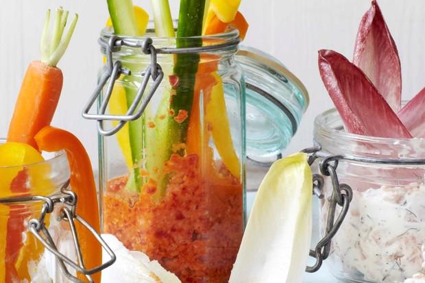 Picnic dip jars with pea guacamole