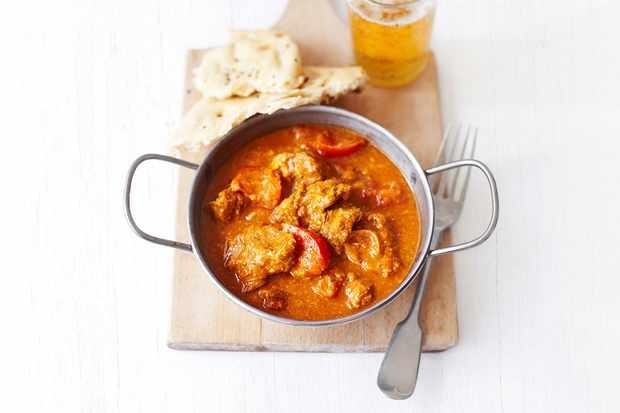 Creamy lamb and tomato curry