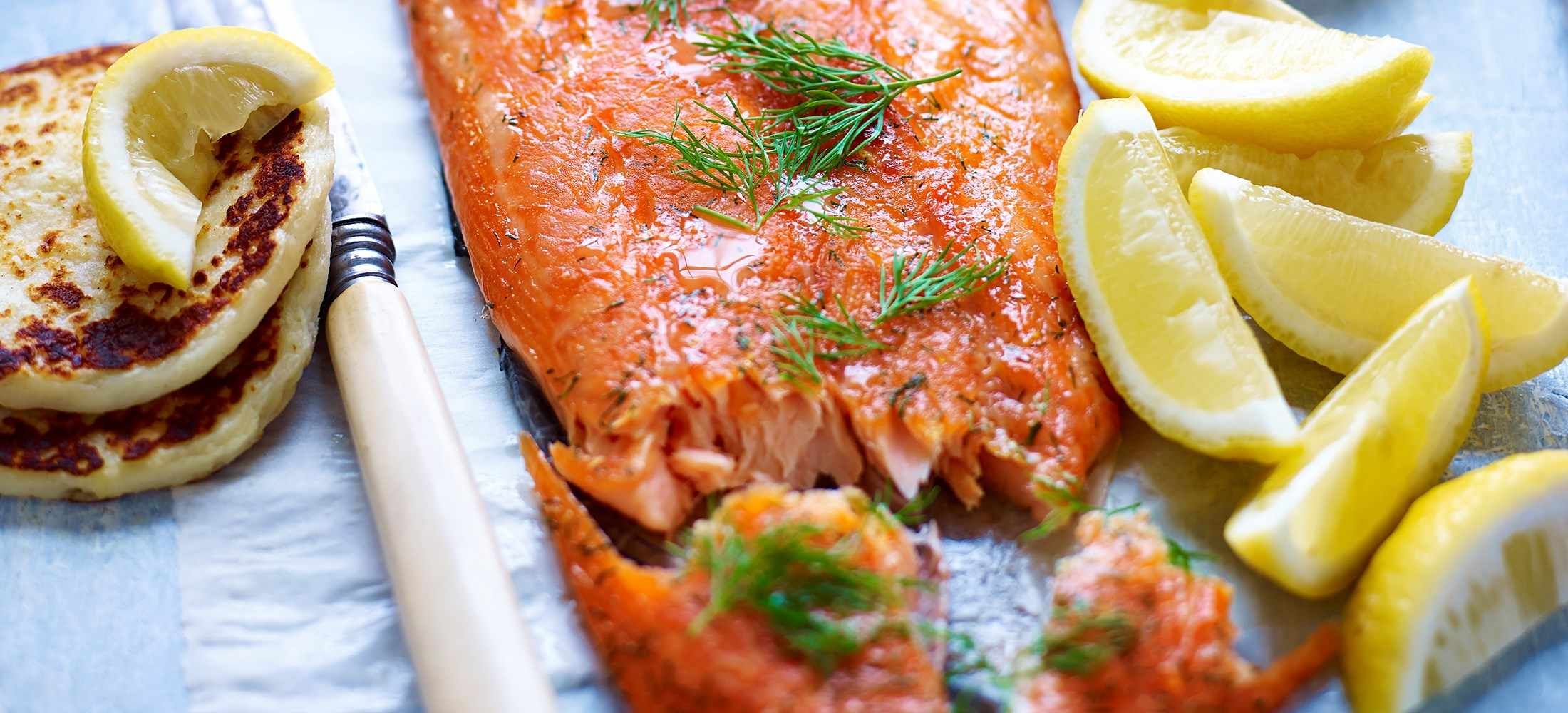 Dill and sugar-cured roast salmon