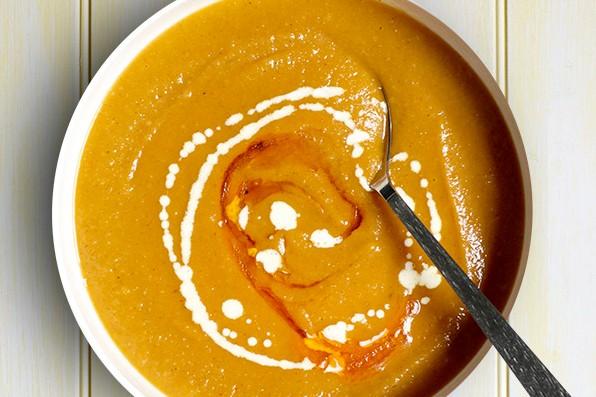 Spiced parsnip soup