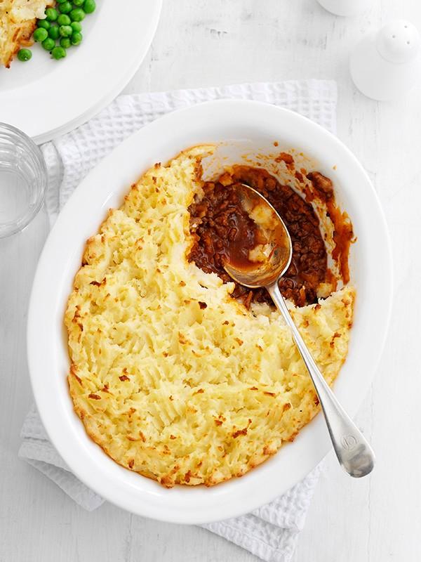 Cottage pie with horseradish mash