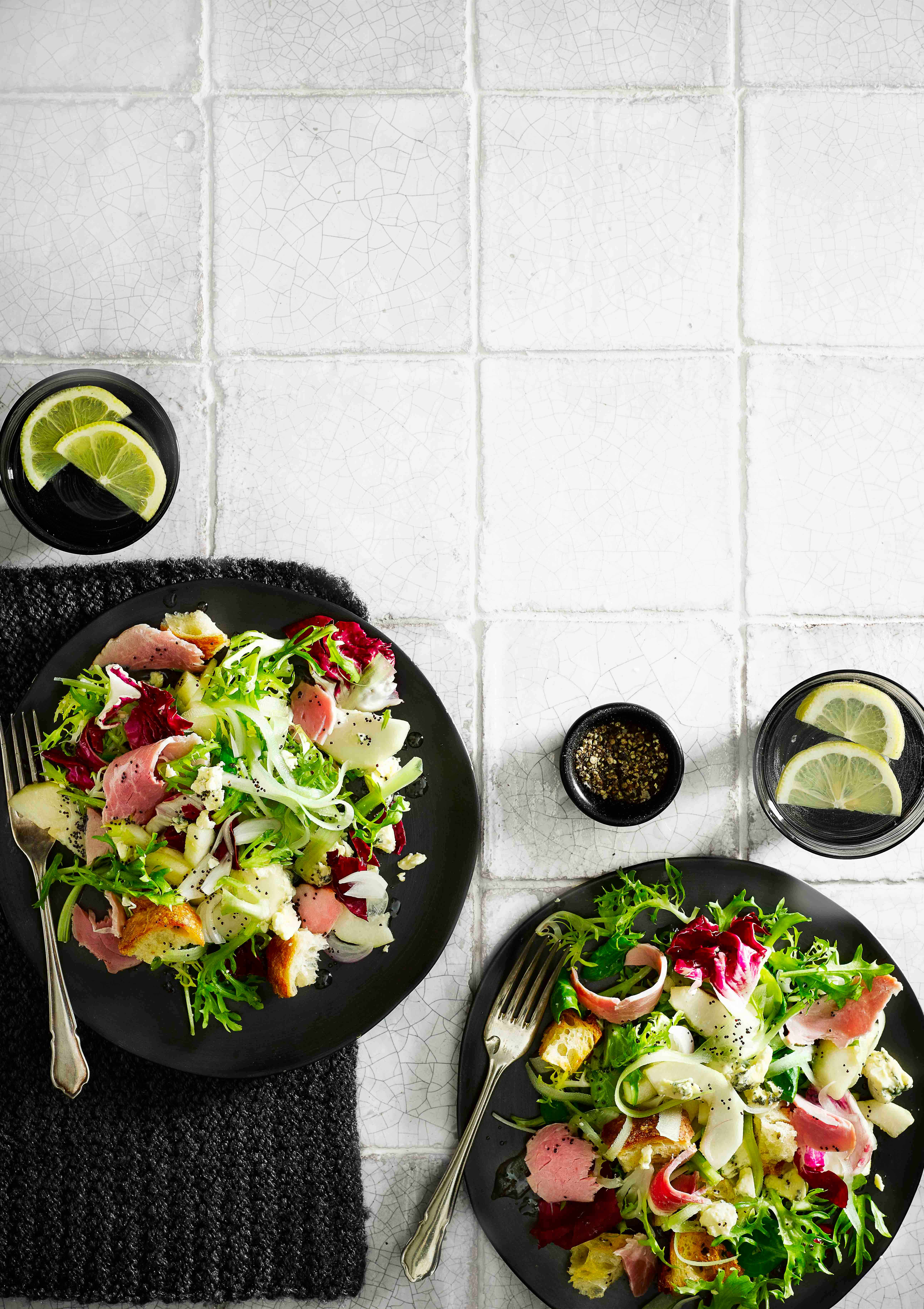 Ham, pickled pear and blue cheese salad