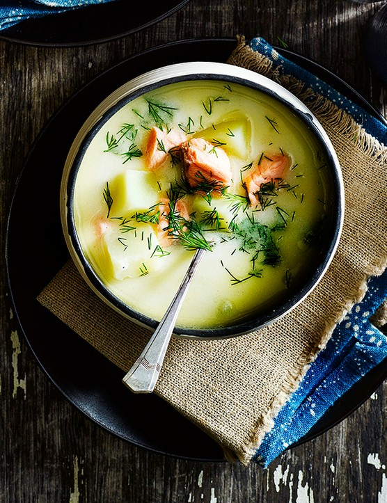 Finnish salmon and potato soup (Lohikeitto)