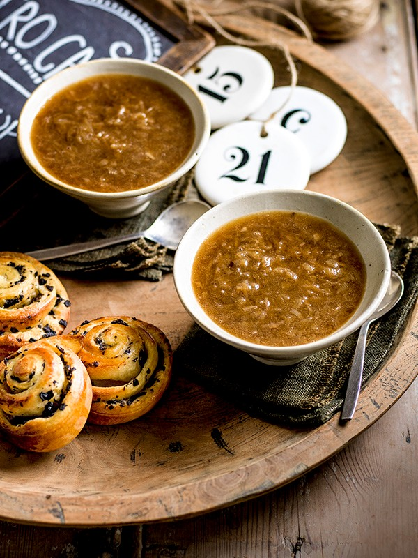 Asian onion soup with soy mushroom brioche
