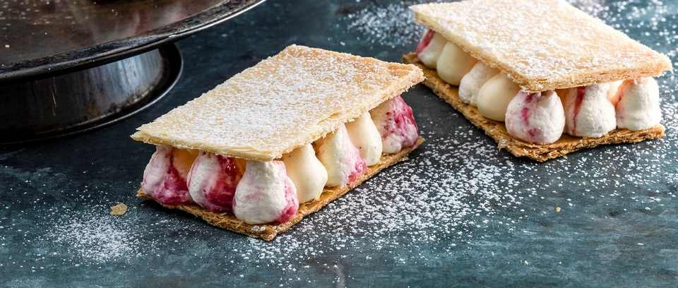 Rhubarb and custard slice recipe