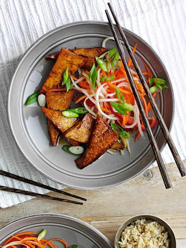 Glazed tofu with pickled veg