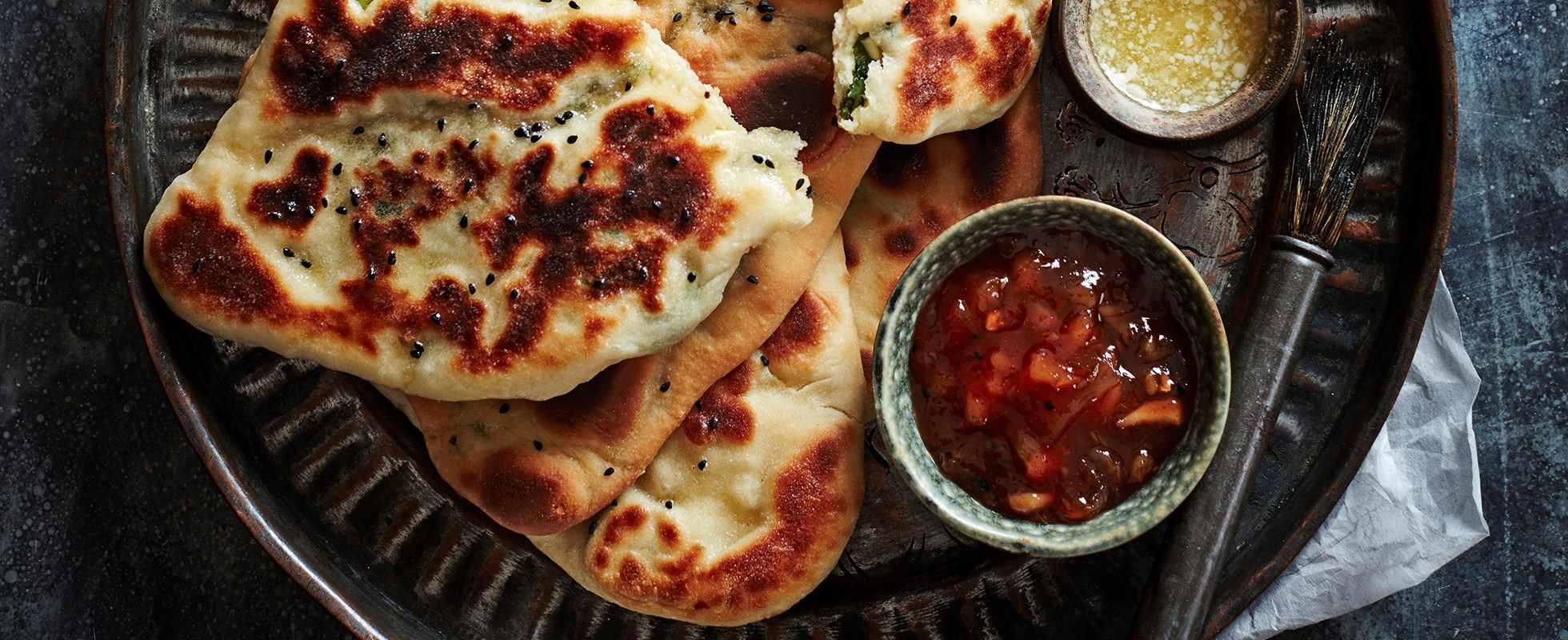 kale and paneer naan