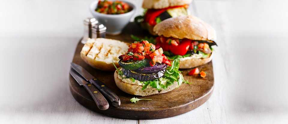 Quick vegetarian recipes ready in 30 minutes east vegetarian meals quick vegetarian recipes ready in under 30 minutes allotment burgers forumfinder Gallery