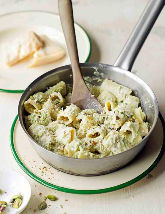 Salsa Di Pistacchi Recipe (Pasta Recipe with Pistachio Sauce)