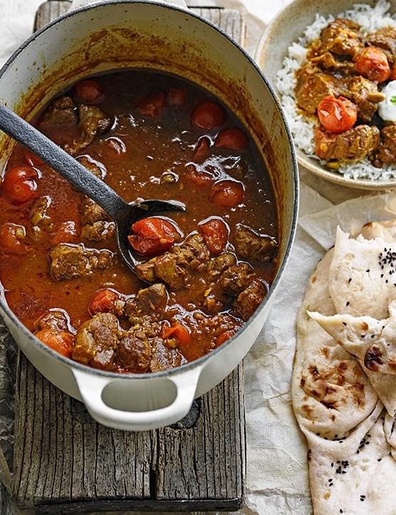 Lamb and tomato curry with mint yogurt