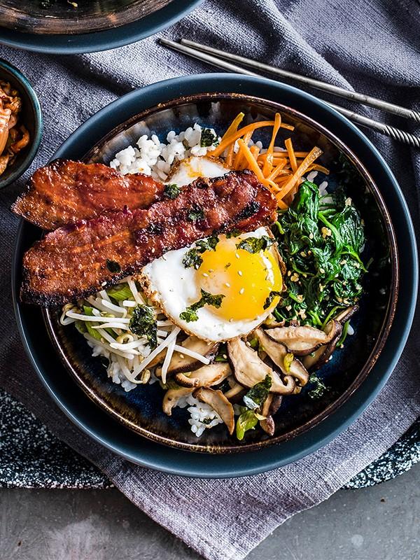 Bacon and egg bibimbap recipe