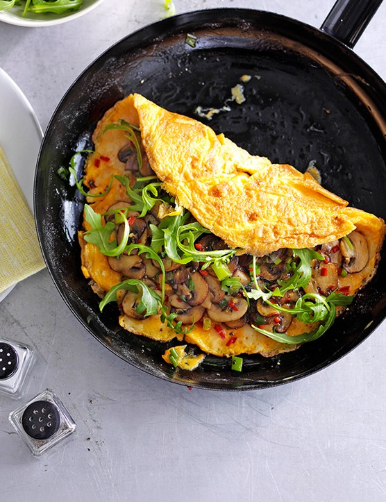 Chilli, Cheese and Garlic Mushroom Omelette Recipe
