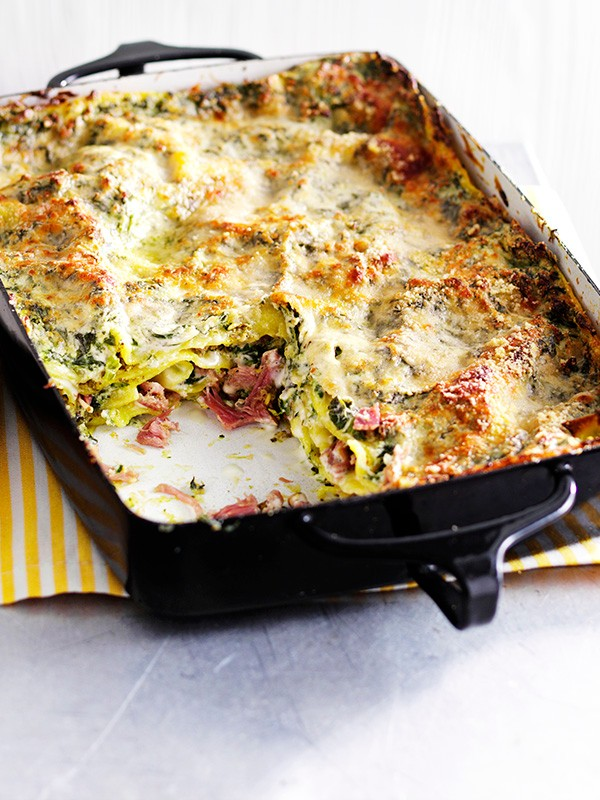 Easy ricotta, ham and spinach lasagne