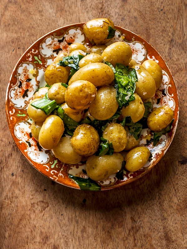 Jersey Royal Potatoes Recipe with Garlic