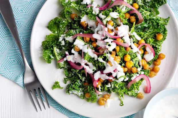 kale and chickpea salad