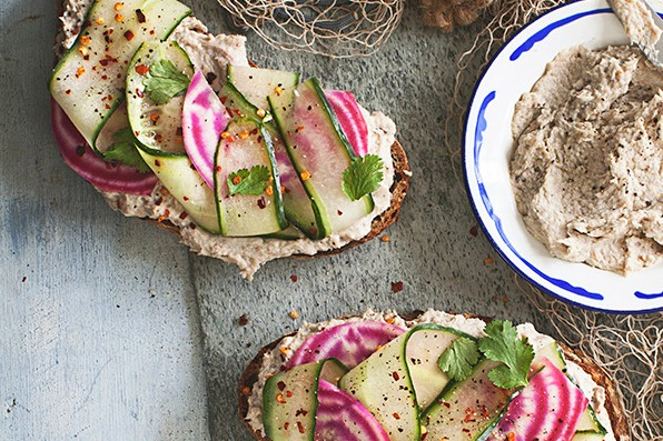 Mackerel Pâté Recipe with Pickled Beetroot