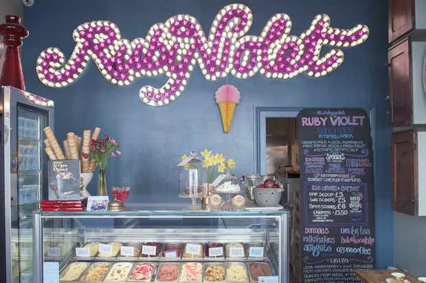 Best Artisan Ice Cream Parlours in The UK