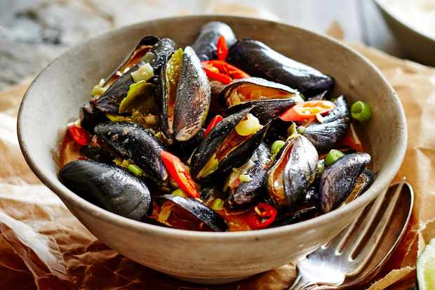 Thai Red Curry Paste Mussels Recipe