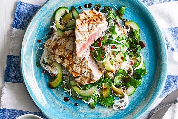 Tuna Steak Recipe with Ponzu Sauce and Rice Noodles