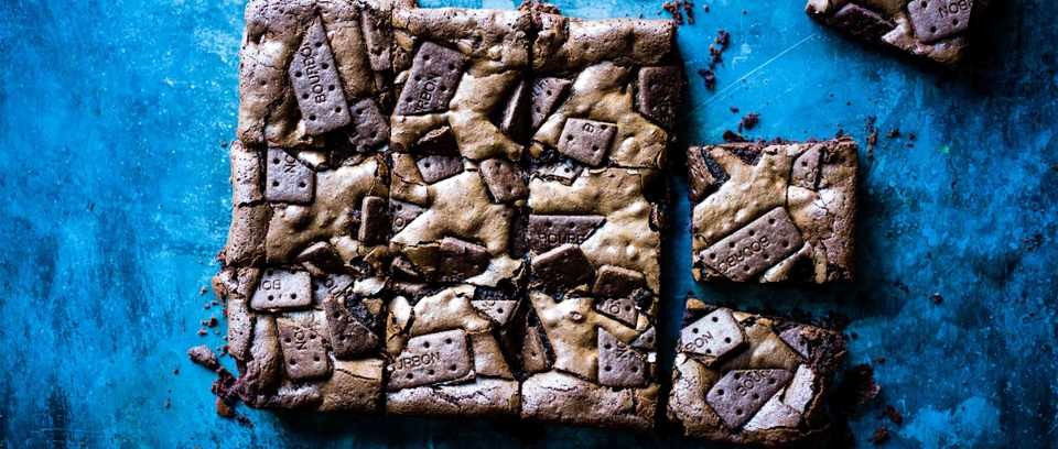 Bourbon biscuit brownies