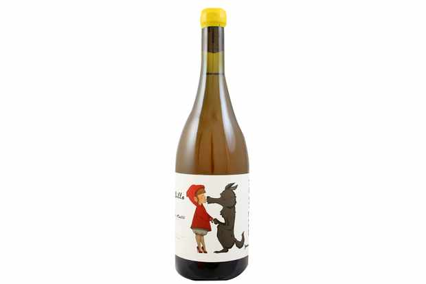 Alfredo Maestro 'Lovamor' Albillo Wine with red riding hood and the wolf illustration on the label