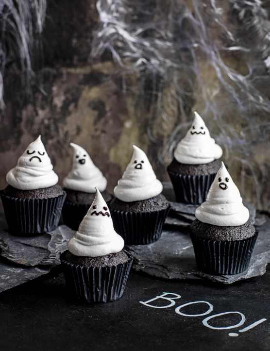 Halloween ghost-shaped black cupcakes