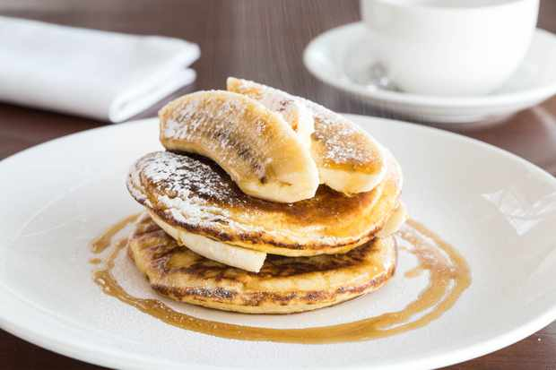 Gordon Ramsey's plane food pancakes